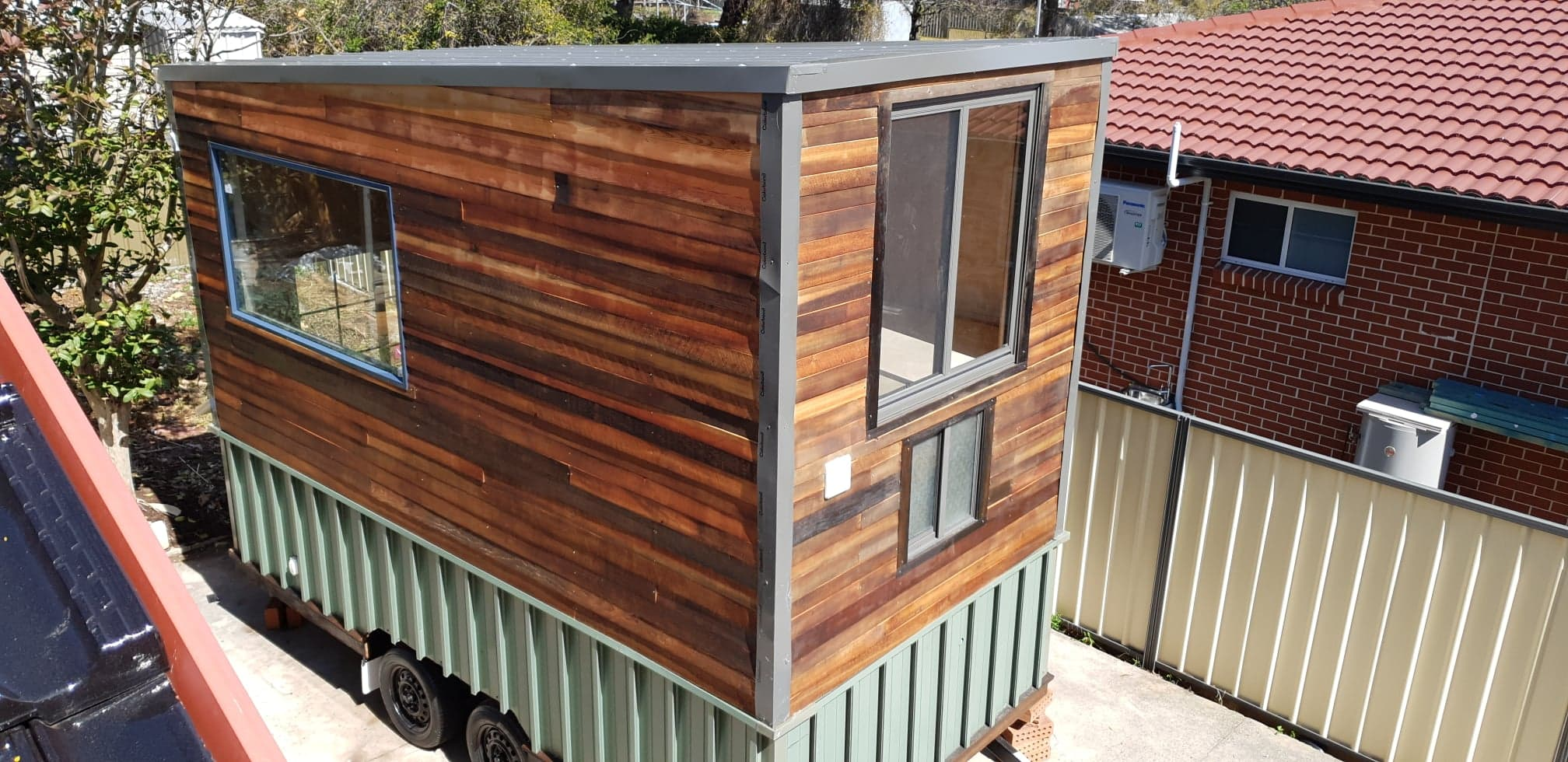 Bright and cosy tiny house for sale!